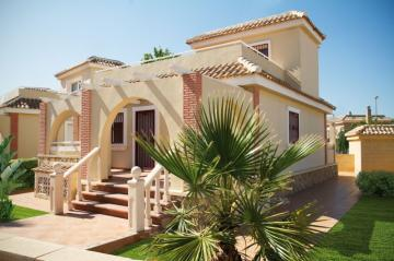 Amazing value 1 or 2 Bedroom Villas in Murcia