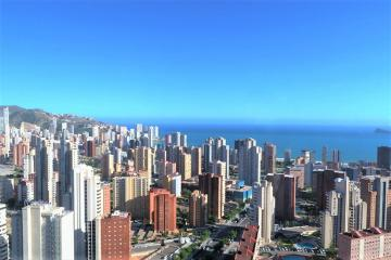 Luxury apartment in Benidorm with spectacular 360° views