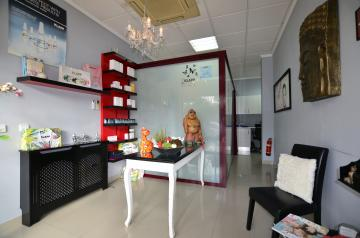 Neem Beauty Salon in Albir over