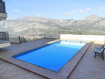 A delightful 2 bedroom apartment in Benimantell