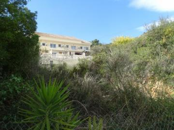 A large urban plot of 1,062m2 in Alcalali