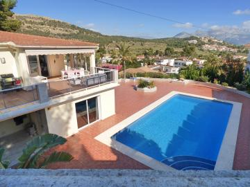 4 bedroom Villa in Alfas del Pi